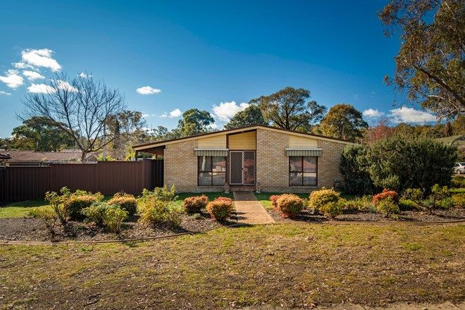 Picture of 1 Vale Place, WANNIASSA ACT 2903
