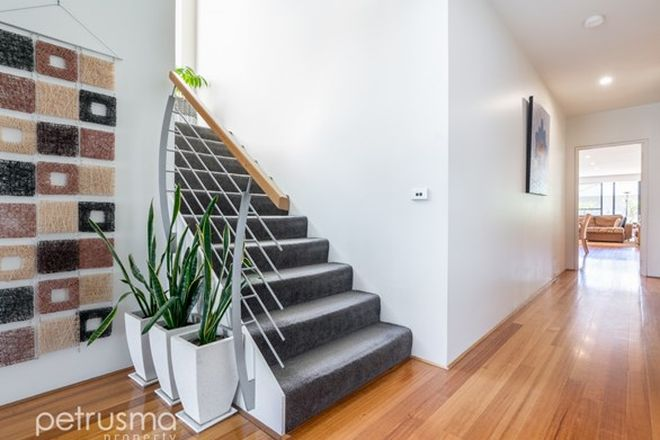 Picture of 2 Luttrell Avenue, BELLERIVE TAS 7018