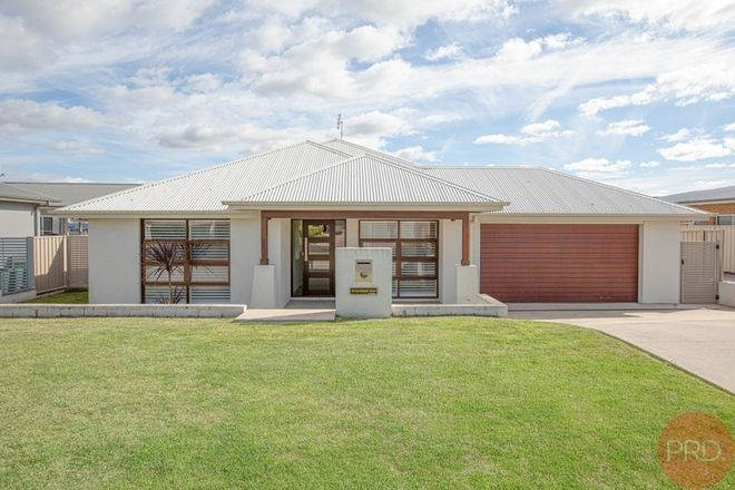 Picture of 92 Canterbury Drive, RAWORTH NSW 2321