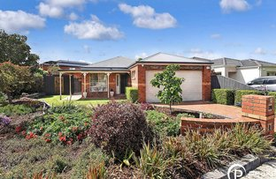 Picture of 10 Ros Way, Berwick VIC 3806