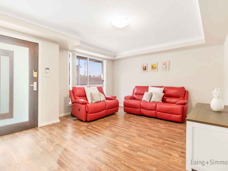 18 Byrock Place, Hinchinbrook NSW 2168, Image 1