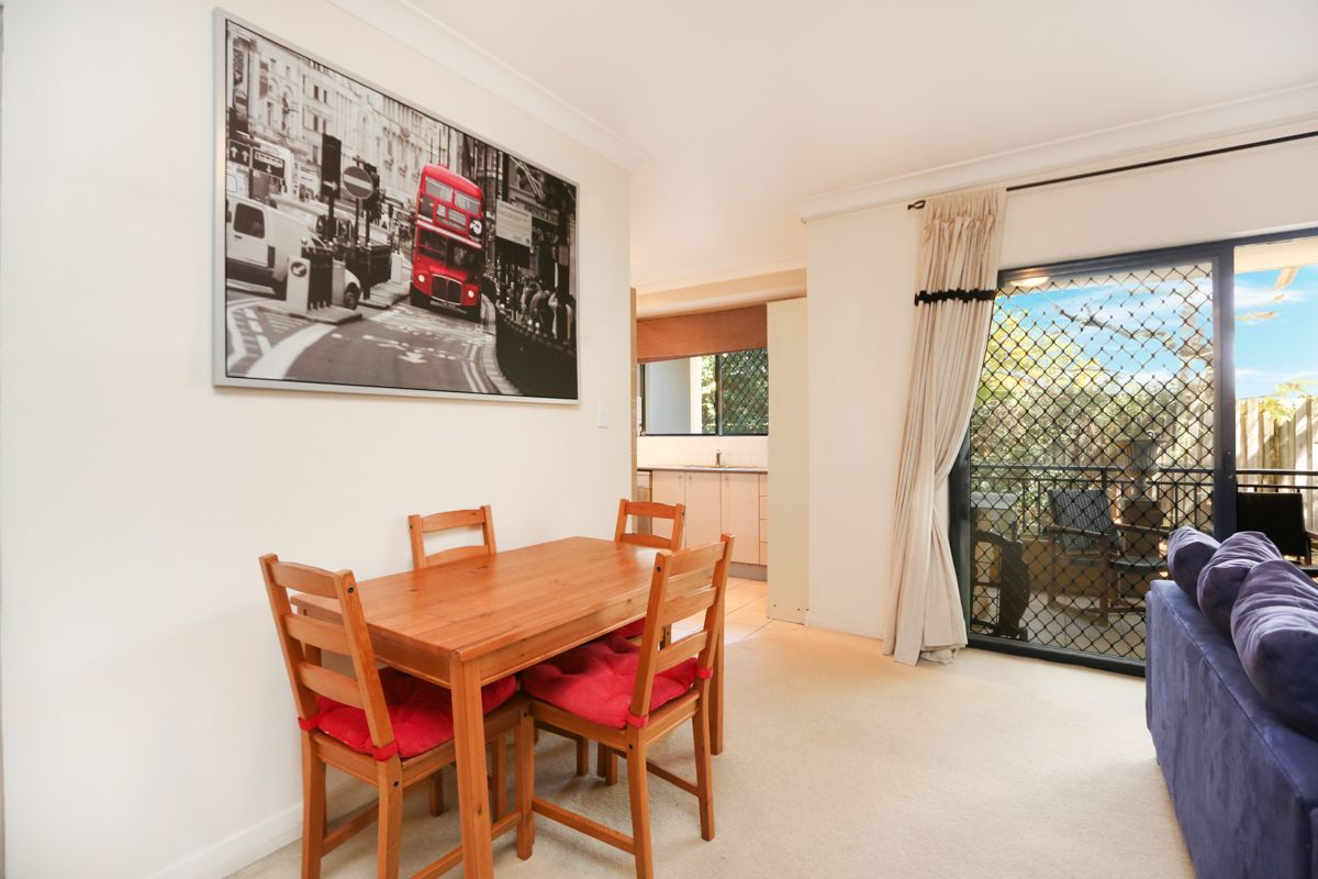 25/11 Sturdee Parade, Dee Why NSW 2099, Image 2