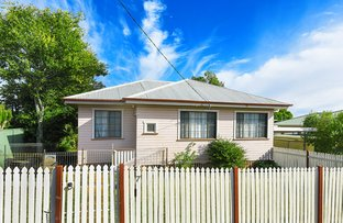 Picture of 7 Monash Street, Newtown QLD 4350
