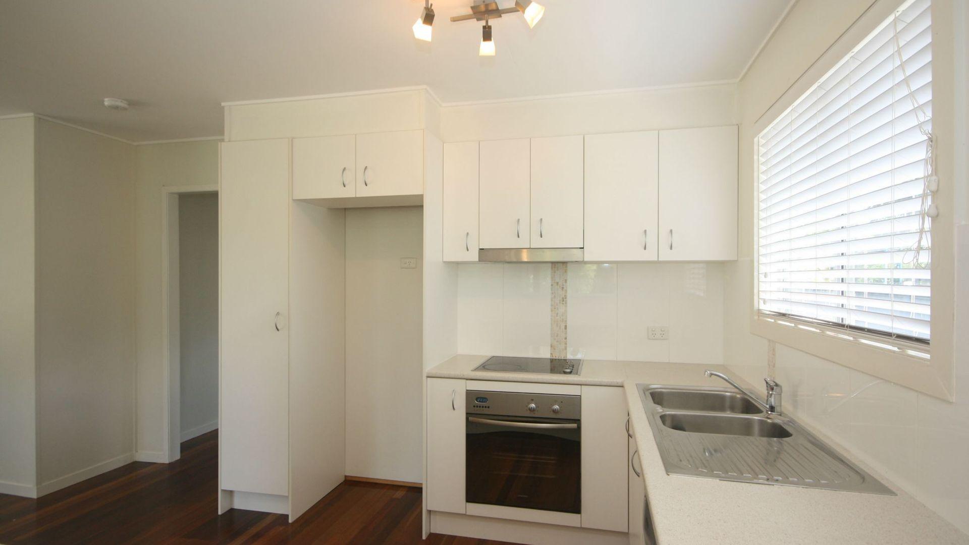 51 Pikett Street, Clontarf QLD 4019, Image 2