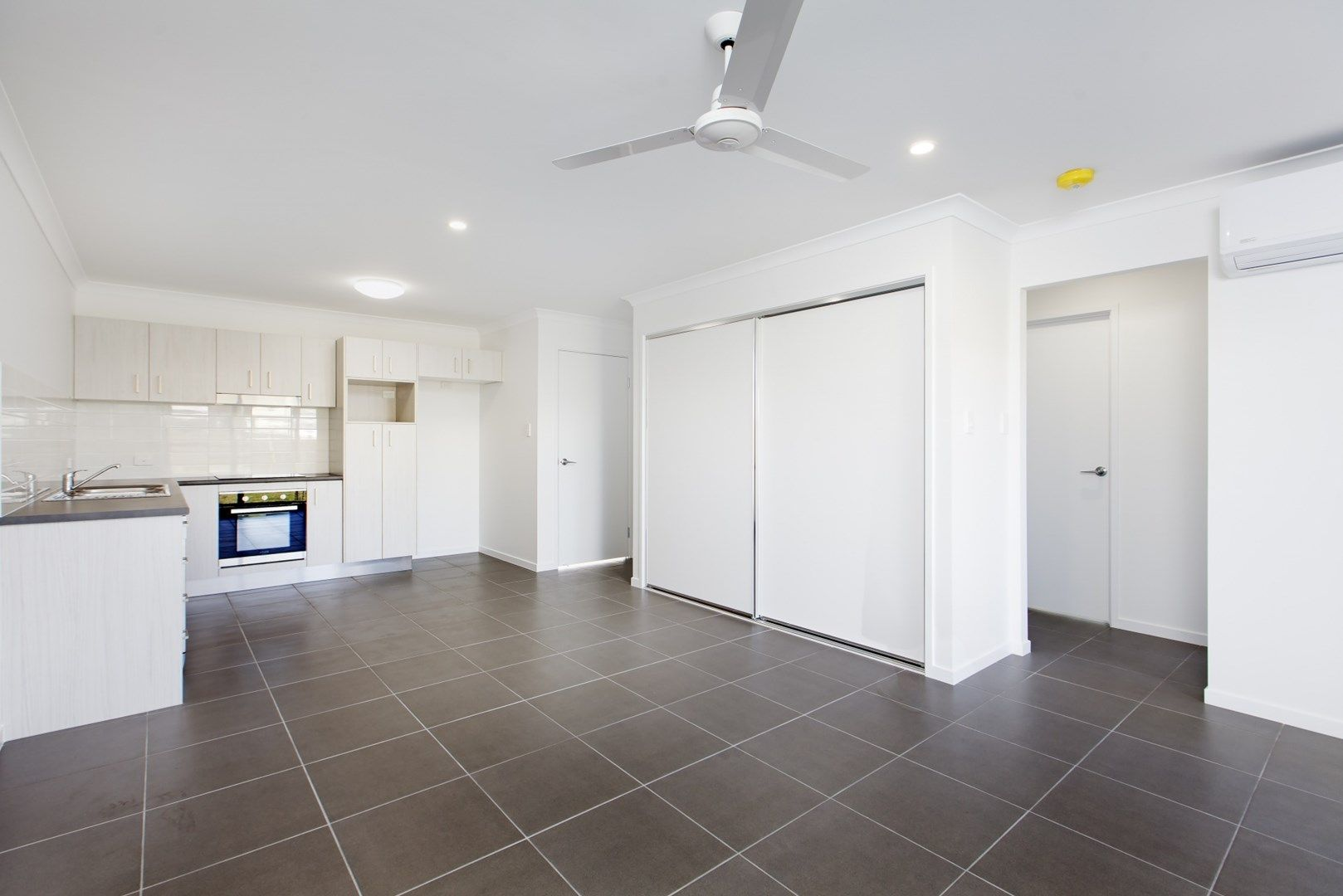 2/7 Speargrass Court, Beerwah QLD 4519, Image 2