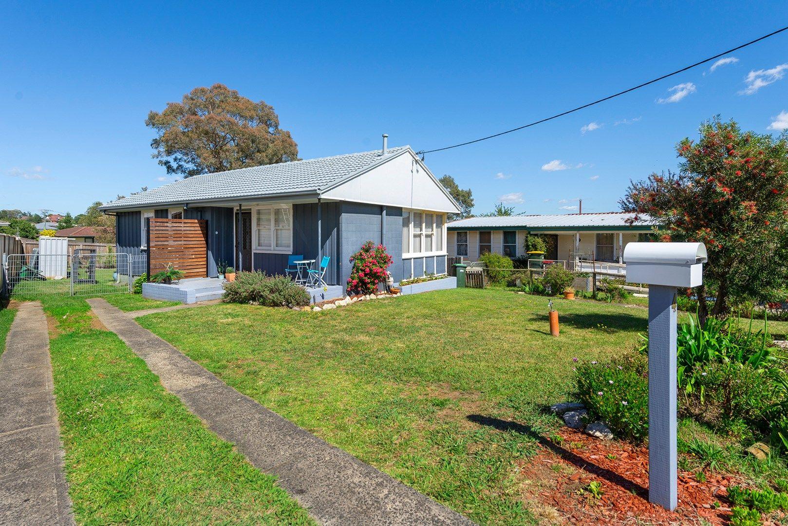 4 Monterey Avenue, Moss Vale NSW 2577, Image 0