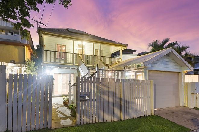 Picture of 72 Dutton Street, HAWTHORNE QLD 4171