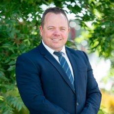 Kane Lavis, Sales representative