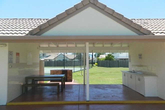 Picture of BENOWA QLD 4217