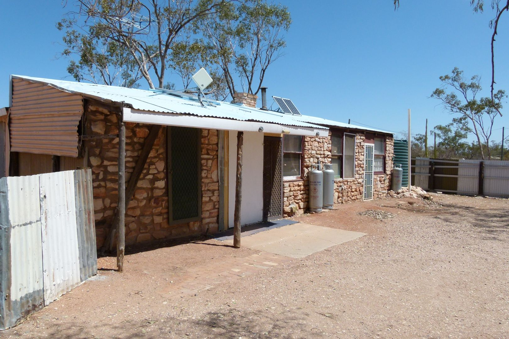 WLL 14633 Three Mile Rd, Lightning Ridge NSW 2834, Image 1