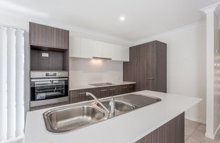 1 & 2/1a Weetwood Street, Newtown QLD 4350