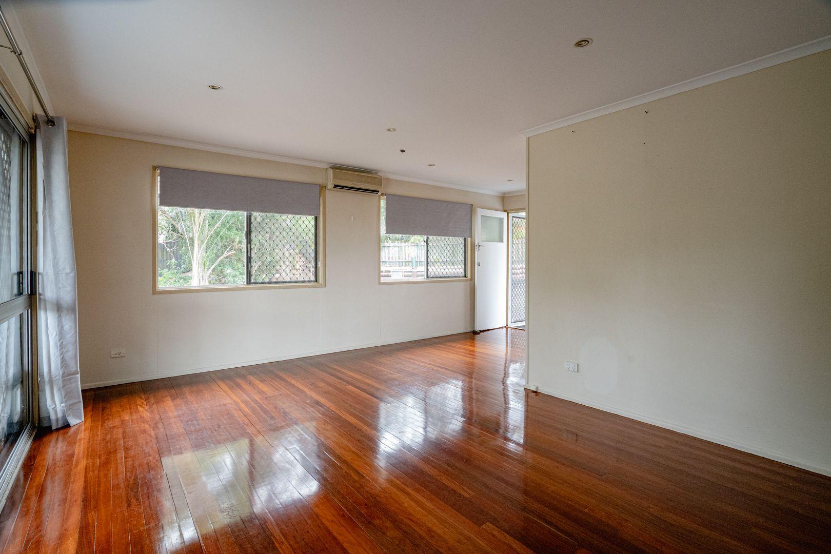28 Minkara Street, Indooroopilly QLD 4068, Image 2