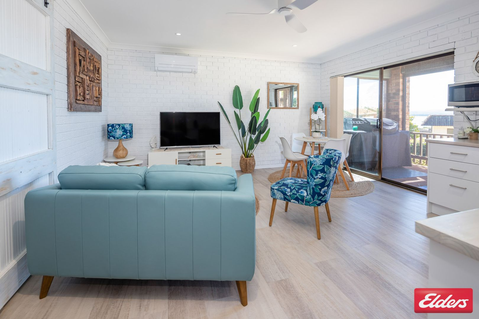 15 Joseph Street, Batehaven NSW 2536, Image 2