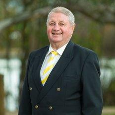 Malcolm Gunn, Sales representative