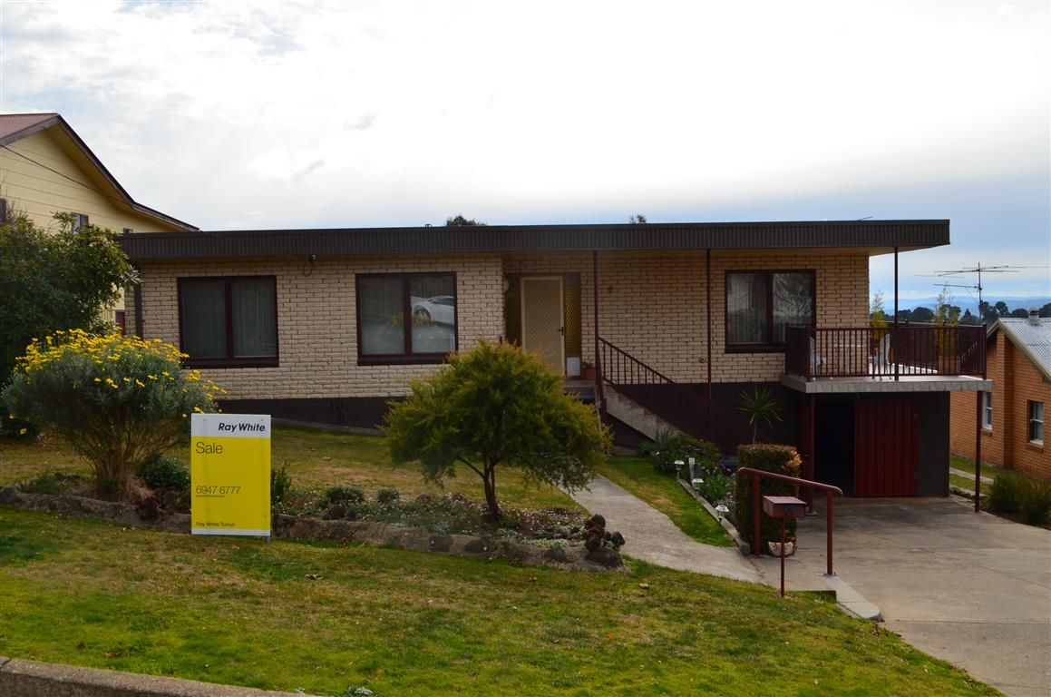6 Mountain Avenue, Batlow NSW 2730, Image 0