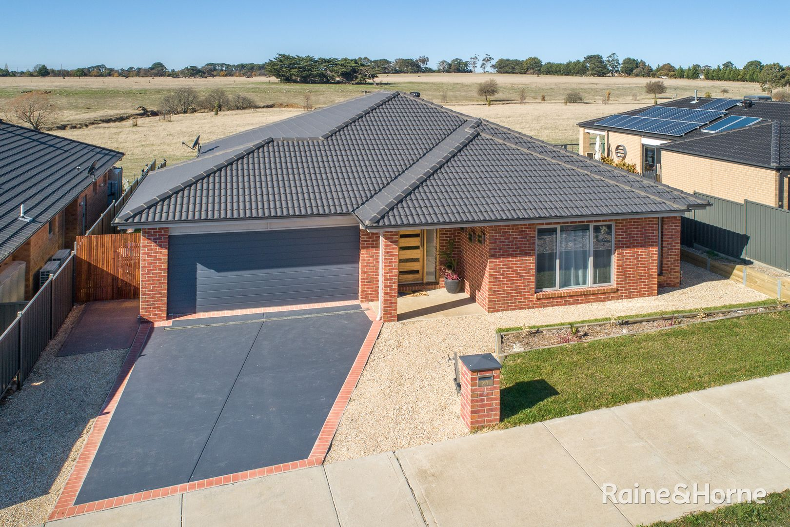 24 Tasman Road, Gisborne VIC 3437, Image 0