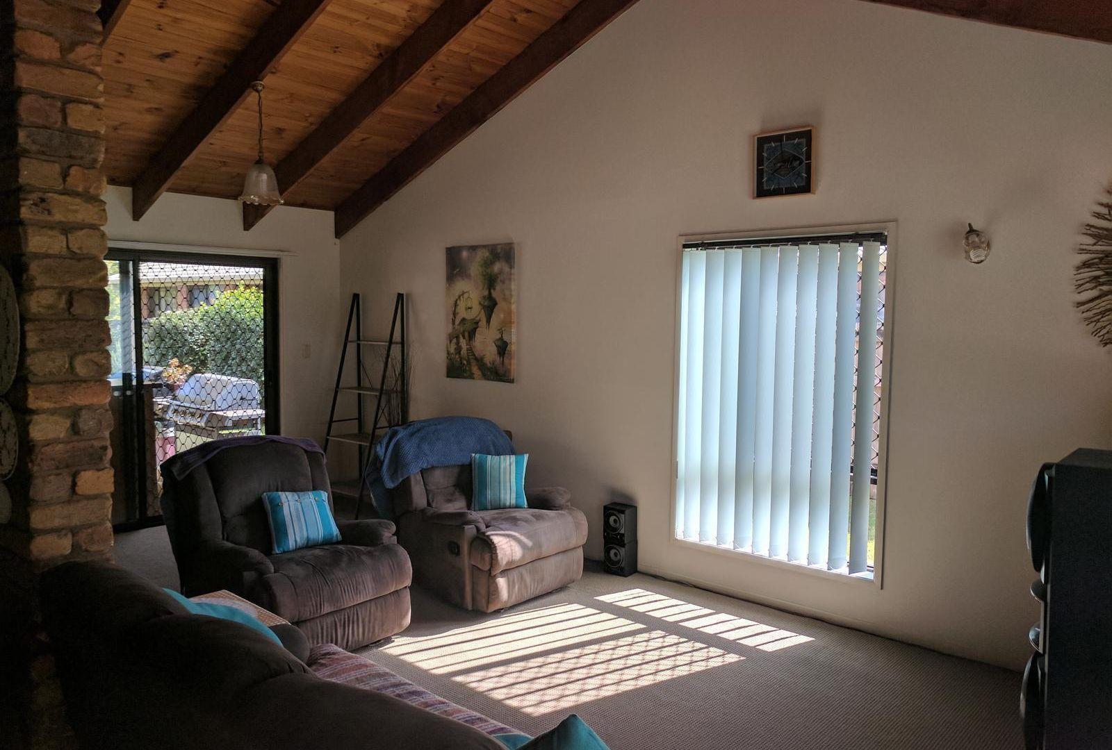 30 Crest Drive, Elanora QLD 4221, Image 1