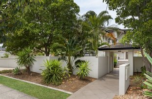 Picture of Unit 6/131 Muir St, Labrador QLD 4215