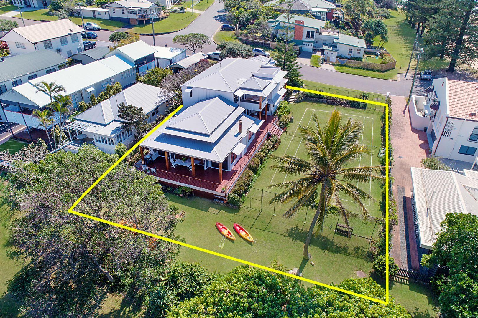 6 Cooroora Street, Dicky Beach QLD 4551, Image 2