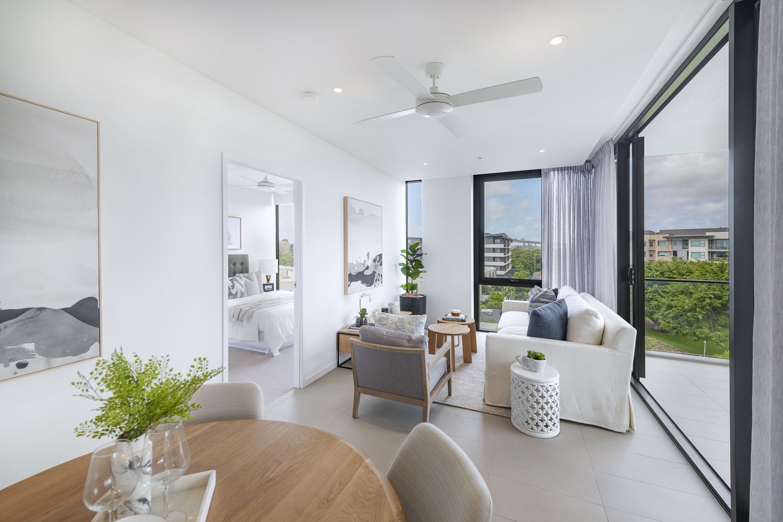 10604/320 Macarthur Avenue, Hamilton QLD 4007, Image 2