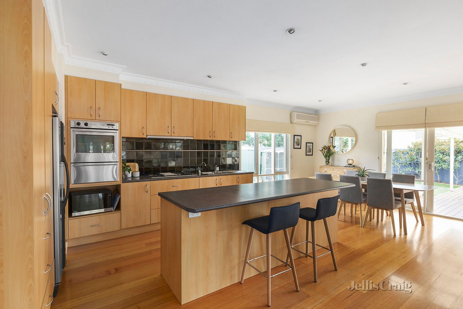 53 South Avenue, Bentleigh VIC 3204, Image 2