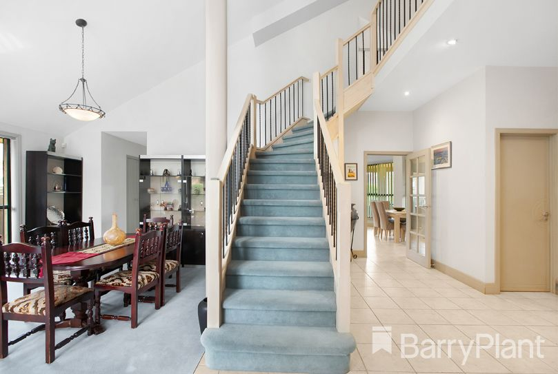 6 Benz Close, Mill Park VIC 3082, Image 1