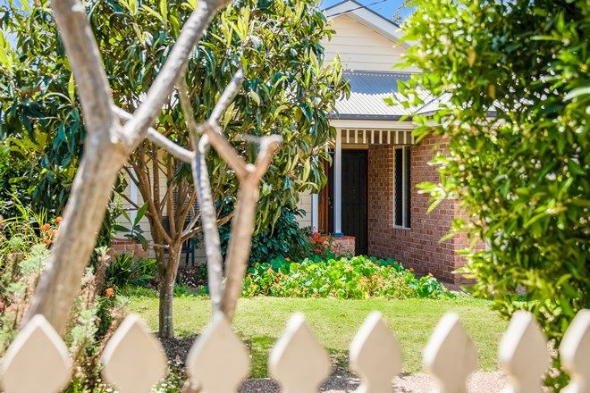 Picture of 75A Taylor Street, NEWTOWN QLD 4350