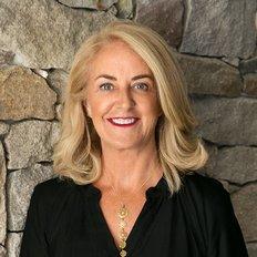 Desiree Hough, Senior Sales Advisor | LREA
