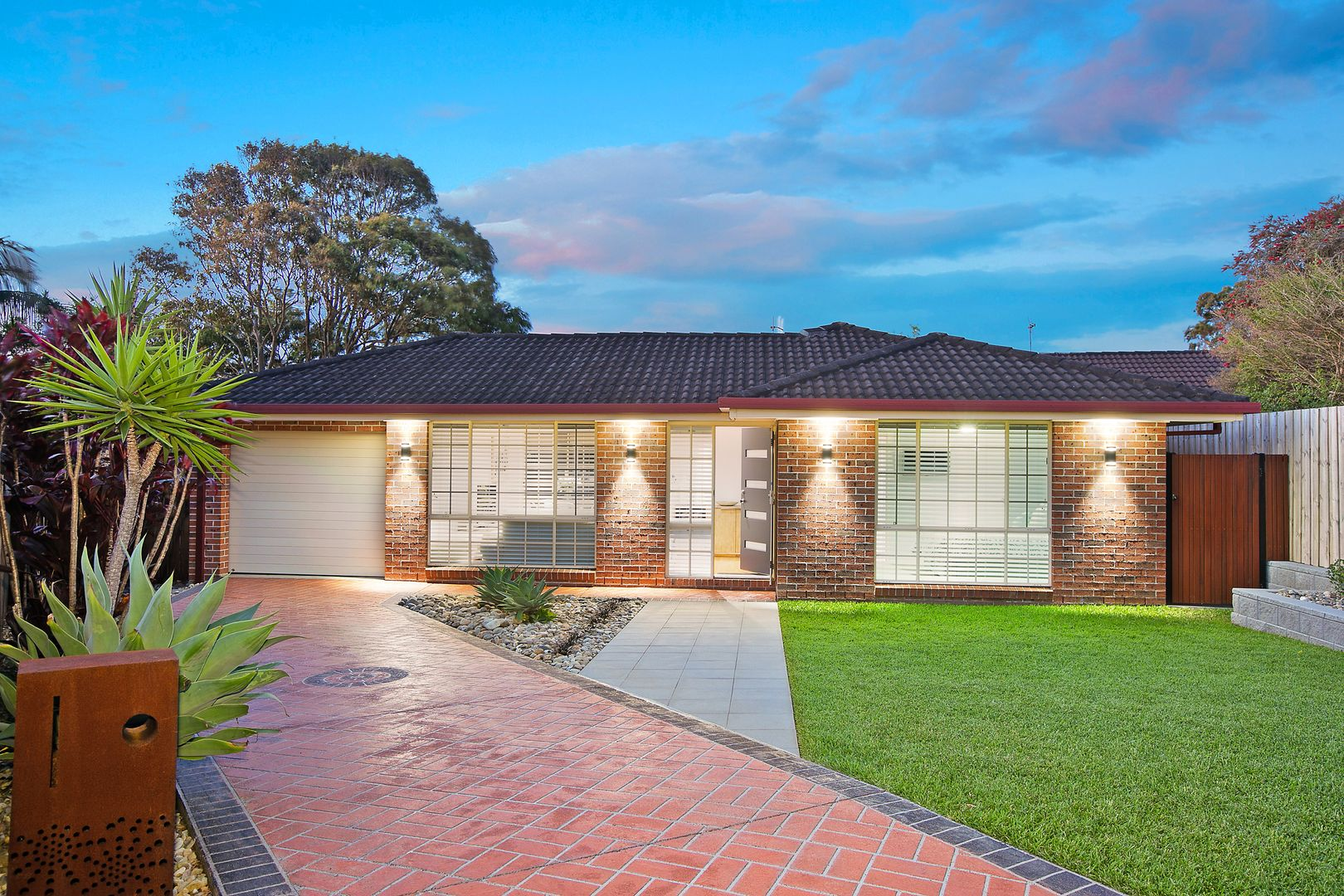 14 Albatross Close, Forresters Beach NSW 2260, Image 0