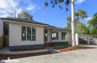 Picture of 2 & 3/119 Mount View Parade, Croydon VIC 3136