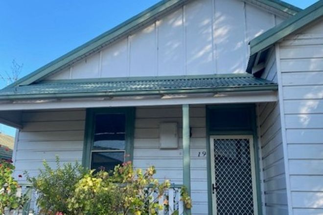 Picture of 19 Sunnyside Street, MAYFIELD NSW 2304