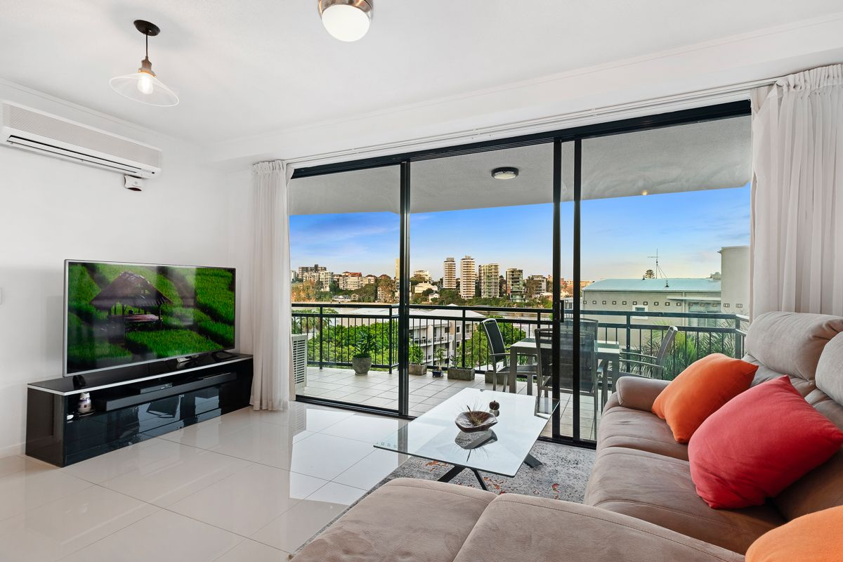 114/15 Goodwin Street, Kangaroo Point QLD 4169, Image 1