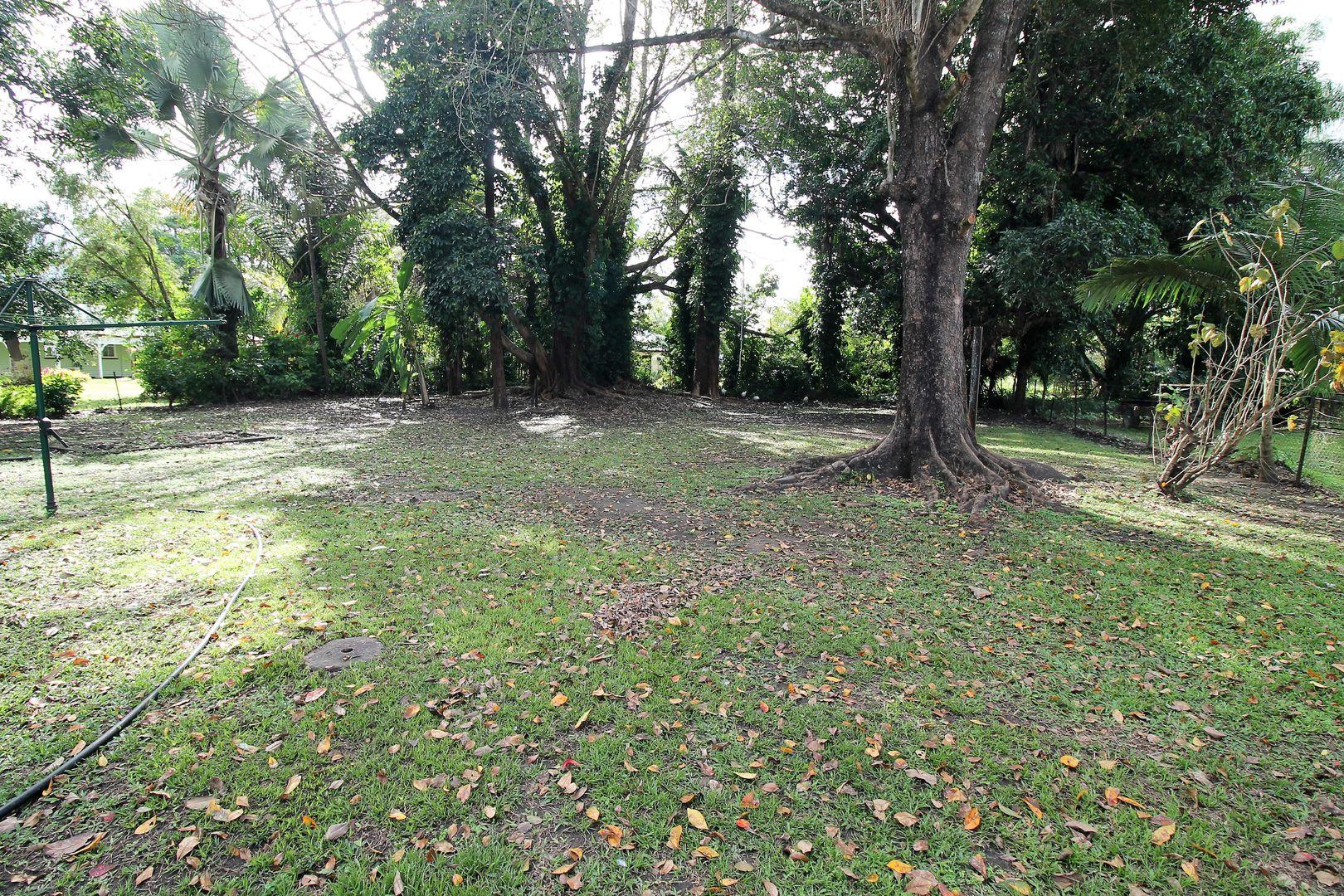3 Zahmel Street, Finch Hatton QLD 4756, Image 2