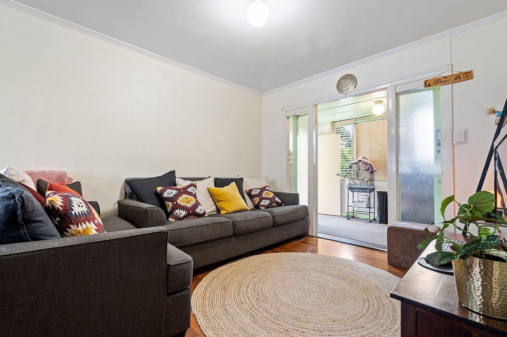 123 Dibar Street, Wynnum QLD 4178, Image 2