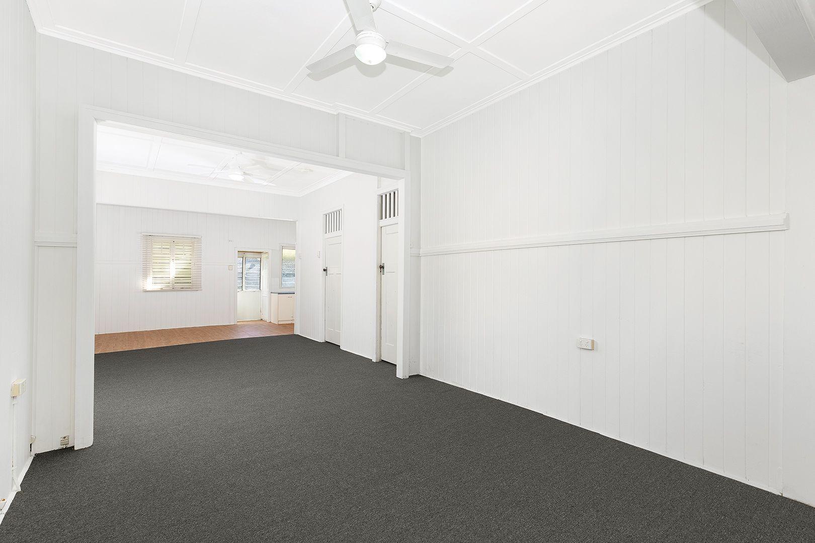 76 Nudgee Road, Hamilton QLD 4007, Image 2