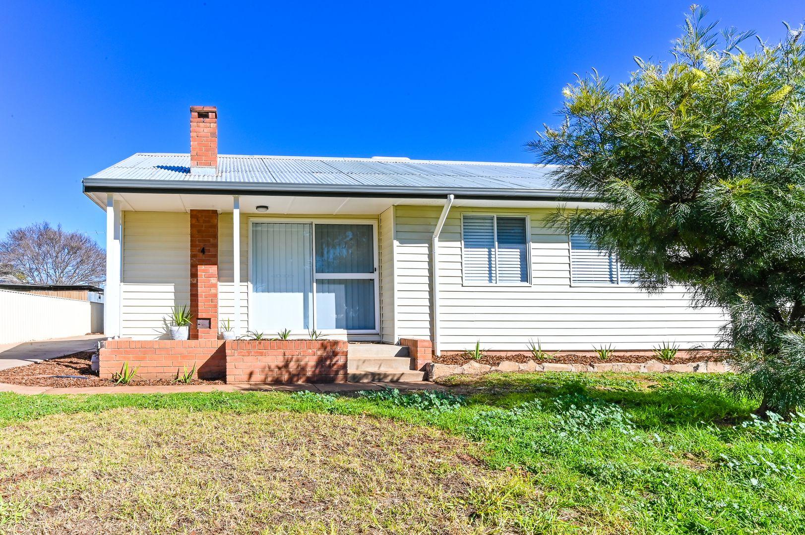 4 Packham Street, Leeton NSW 2705, Image 1