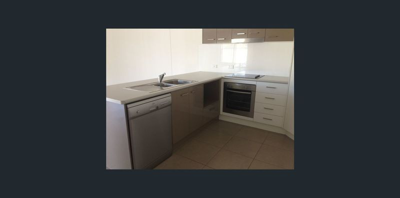 1 138 Price Street, Chinchilla QLD 4413, Image 1