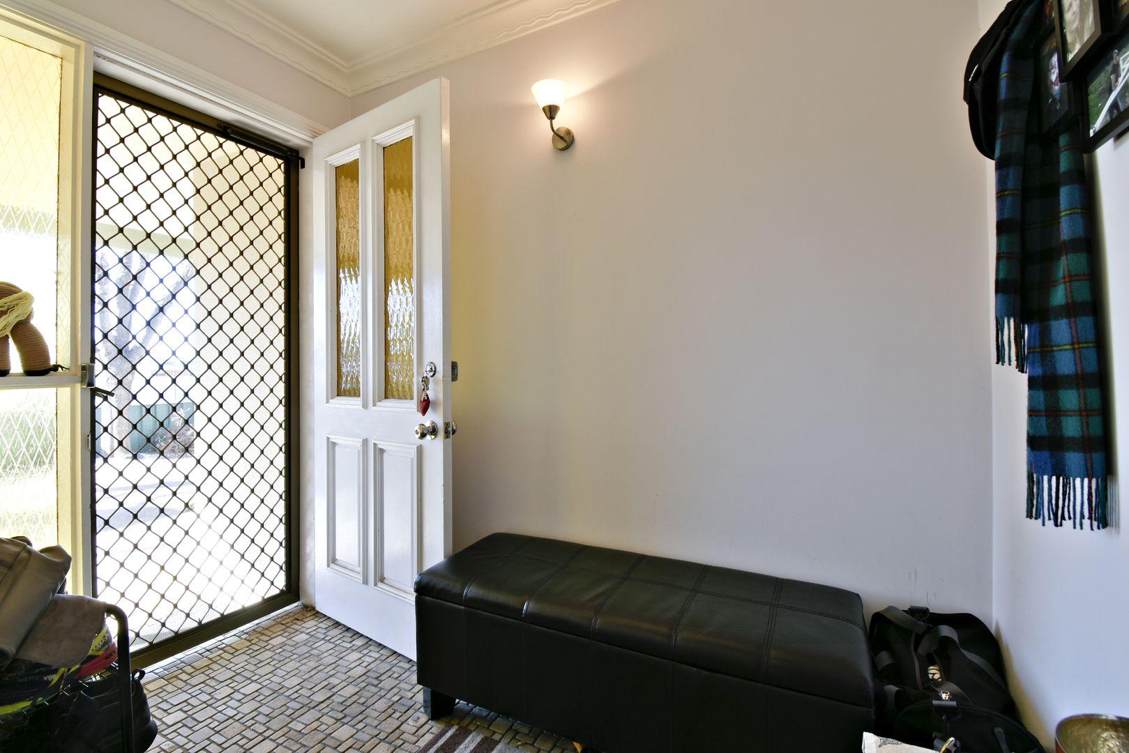3 Caroline Street, Dubbo NSW 2830, Image 2