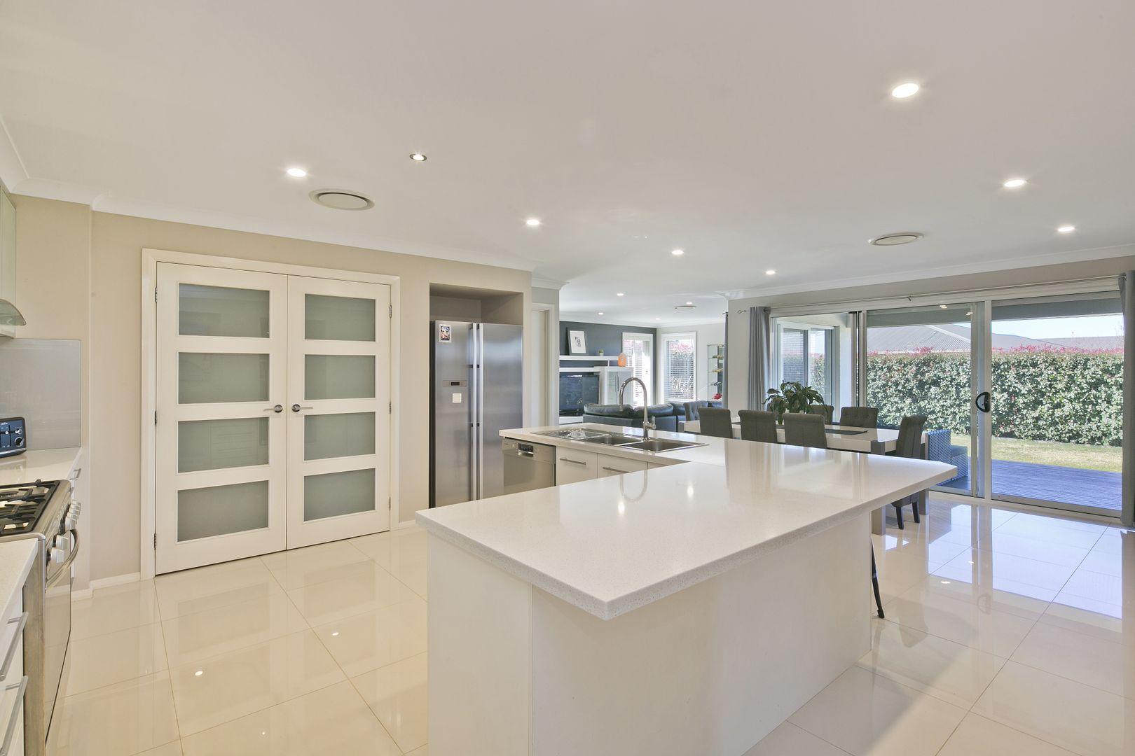 21 St Aubyn Road, Goulburn NSW 2580, Image 2
