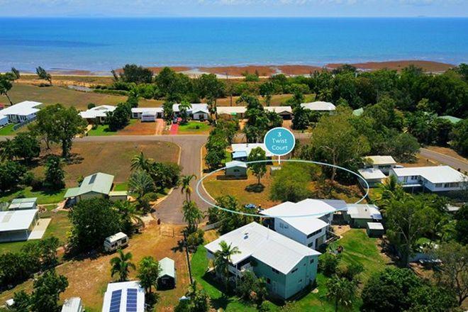 Picture of 3 Twist Court, BALGAL BEACH QLD 4816