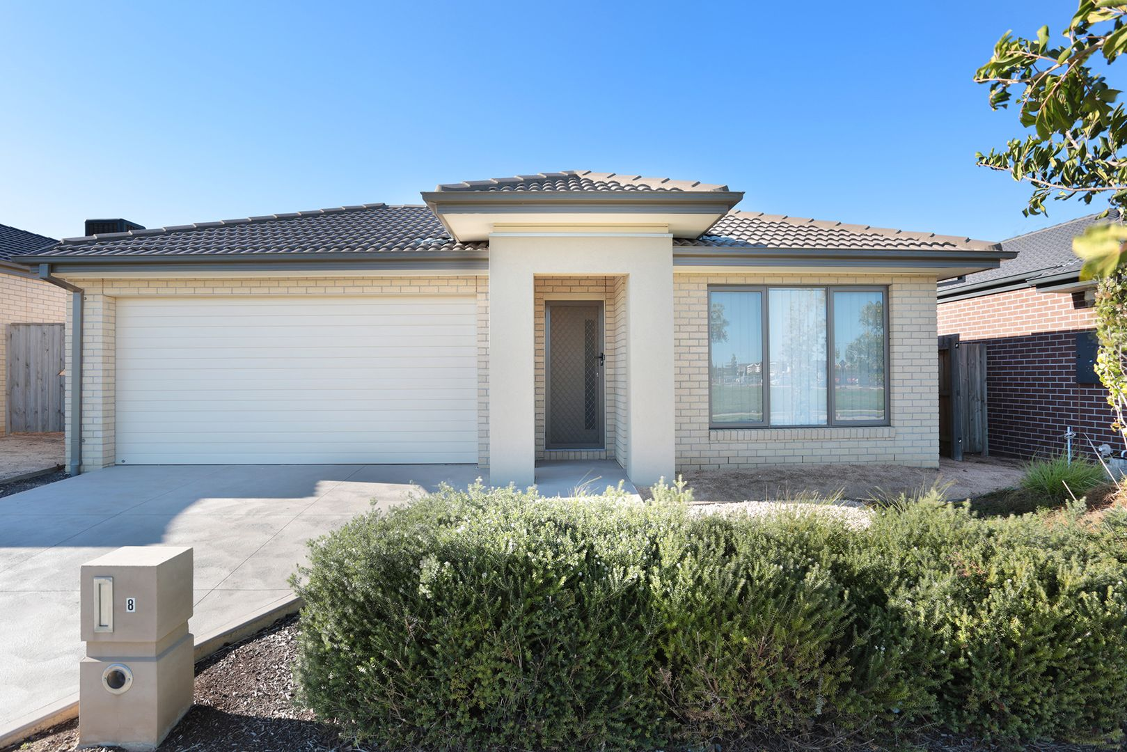 8 Hiddick Road, Point Cook VIC 3030, Image 0