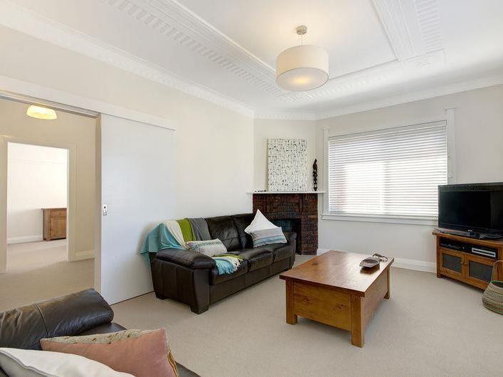 1/36 Gipps Street, Wollongong NSW 2500, Image 2