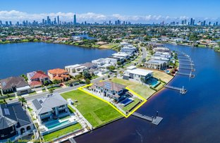 Picture of 127 Sir Bruce Small Boulevard, Benowa Waters QLD 4217