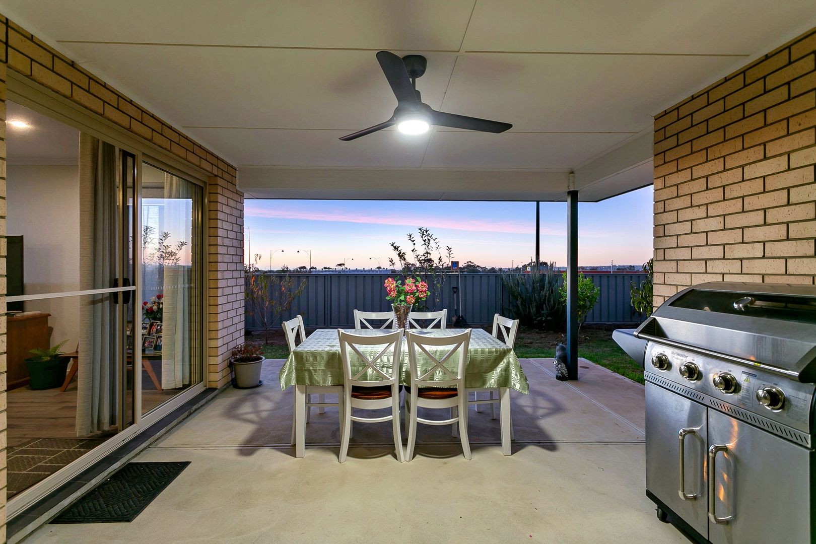 29 Vista Parade, Seaford Heights SA 5169, Image 2