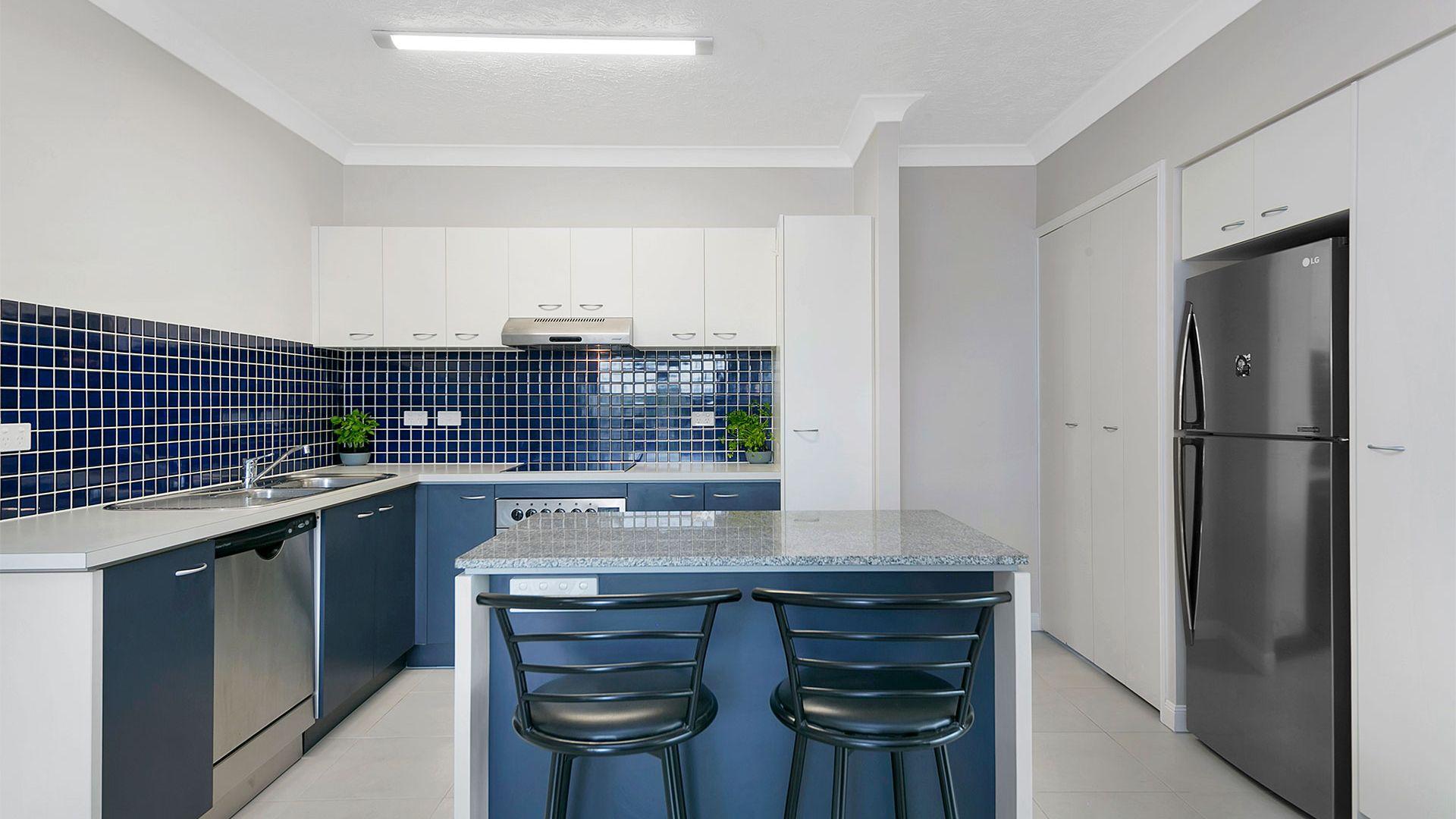 8/19 Thorn Street, Kangaroo Point QLD 4169, Image 2