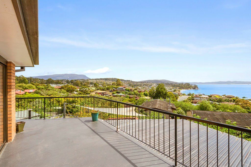 3 Clearwater Court, Blackmans Bay TAS 7052, Image 0