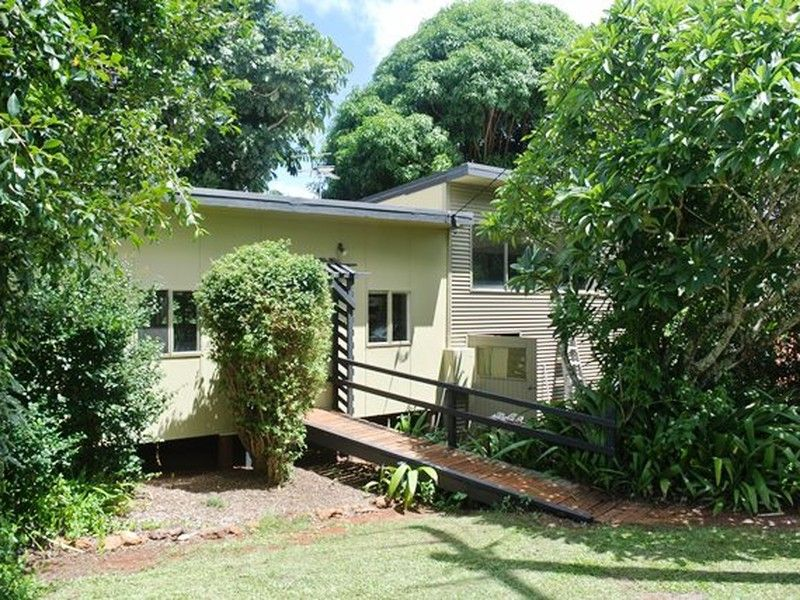 19 Blue Waters Crescent, MacLeay Island QLD 4184, Image 0