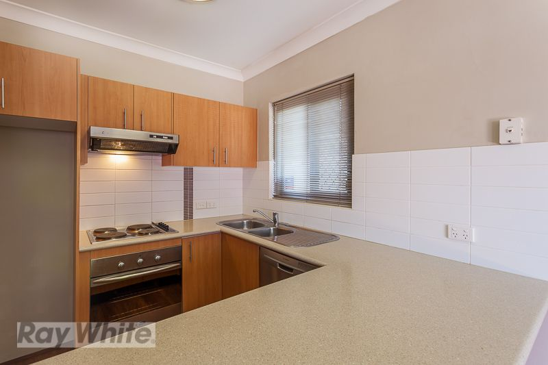 1/8 Kitchener Street, Coorparoo QLD 4151, Image 0