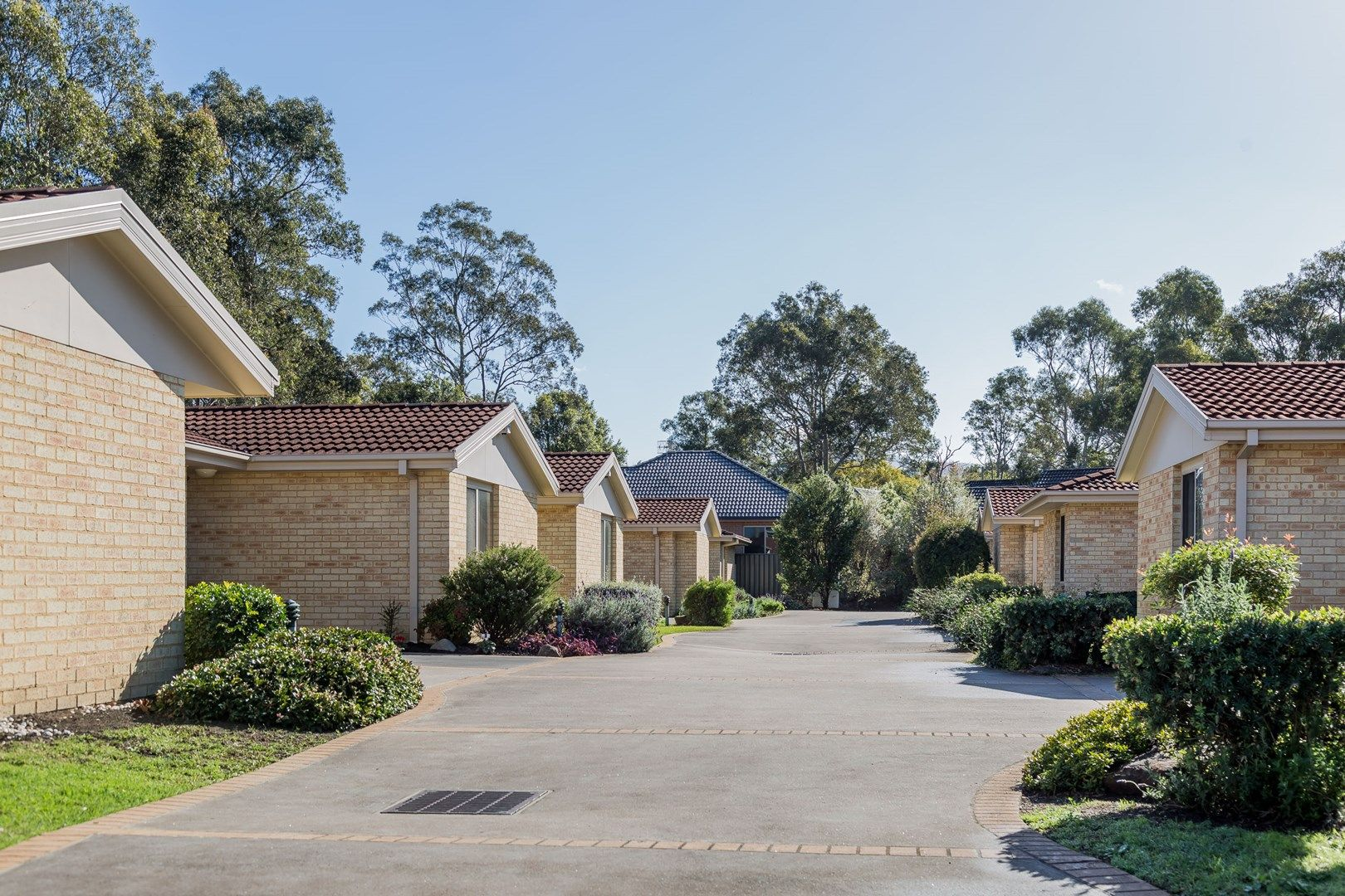 2/22 Mattes Way, Bomaderry NSW 2541, Image 2