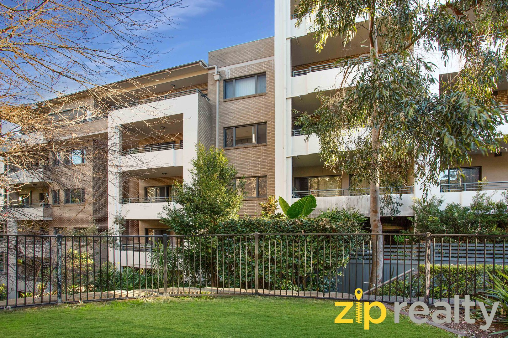 201/3-5 Clydesdale Place, Pymble NSW 2073, Image 0